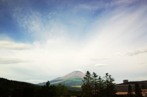 エクシブ山中湖から見た富士山が絶景すぎてありがたみを感じた週末の朝
