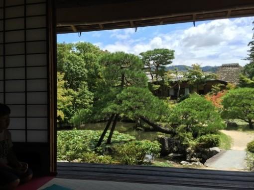 東大寺と興福寺の間にある日本庭園「依水園」が眺められる「三秀亭」は行く価値大アリのブレイクスポット